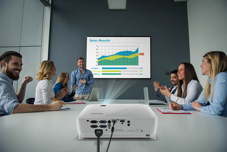 MH550 Business Projector